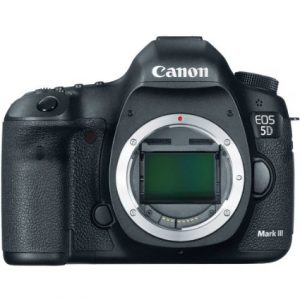 Canon EOS 5D Mark III 22.3 MP Full Frame CMOS with 1080p Full-HD Video Mode Digital SLR Camera